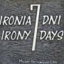 "Instalacje, ""IRONIA 7 DNI"""