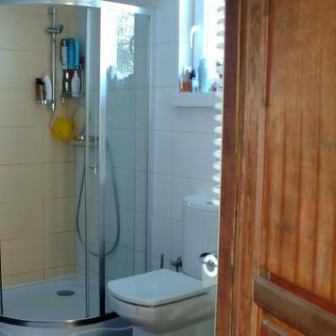 Dom pod Warszawą - łazienka