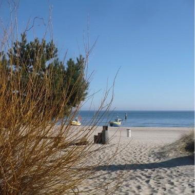 .........i kwietniowa plaża...........