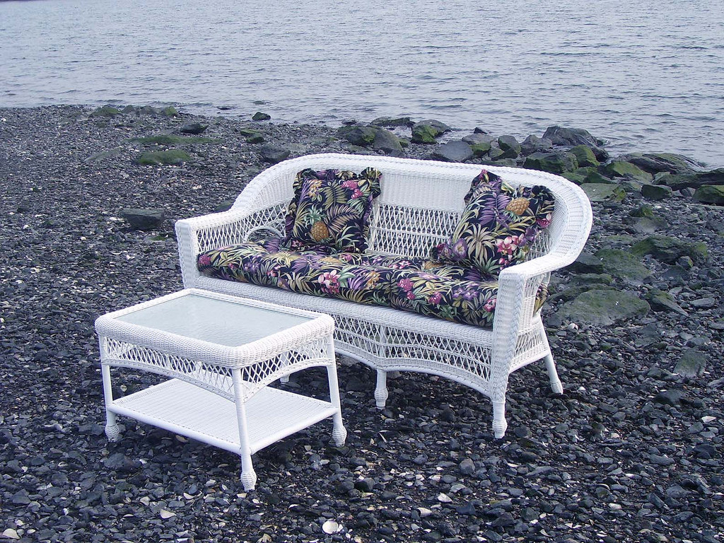 https://www.flickr.com/photos/wicker-furniture/13779880633/