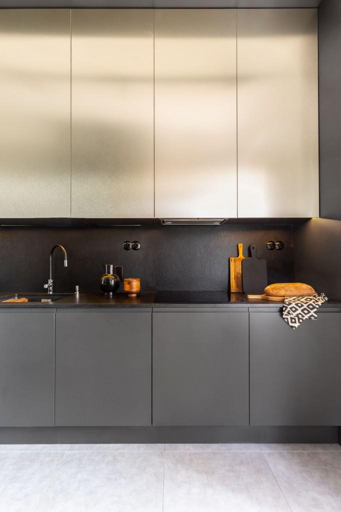 Kuchnia, Apetyt na design, czyli kuchenne trendy okiem architekta - Final touch Czasem kilka innowacyjnych rozwiązań może całkowicie zmienić oblicze naszej kuchni. Wioleta Cieślik bazując na swoim wieloletnim doświadczeniu w dziale projektowania kuchni zwraca uwagę na te, które cieszą się największą popularnością pośród klientów Decoroom: