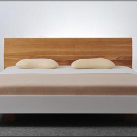 Białe łóżko, wysoki połysk, lity dąb