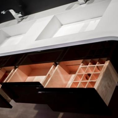 Umywalki na wymiar z blatem - nowoczesna łazienka z Polski