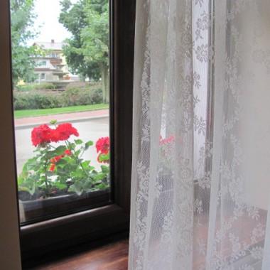 Okno od ulicy