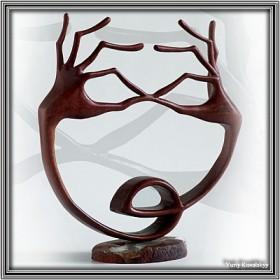 VIKTOR & TATIANA STARZHEVSKY - koronkowa rzeźba w drzewie.