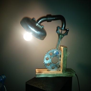 Lampka i już
