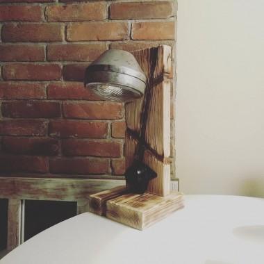 Coś z drewna