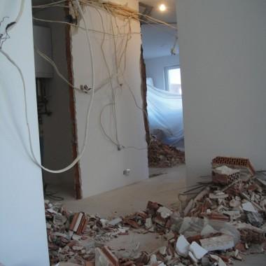 wyburzanie ścian działowych