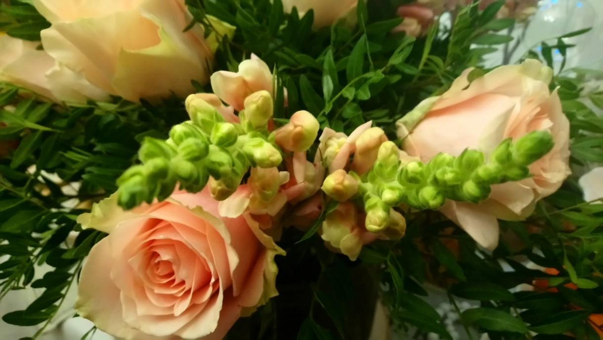 Dekoracje, Świątecznie i noworocznie............... - ................i bukiet róż ................