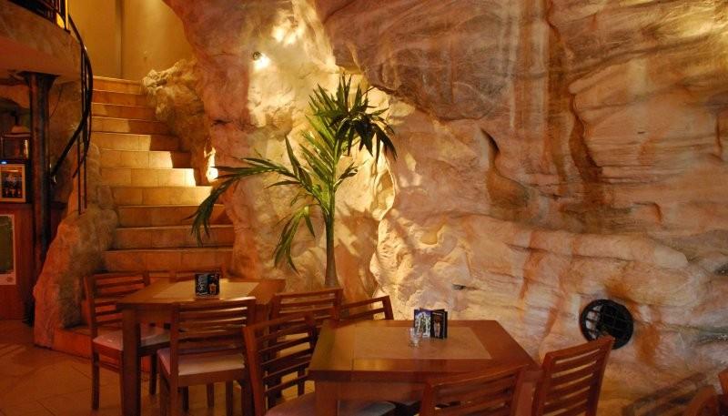Pozostałe, restauracja -skalny klif