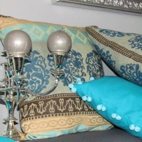 Niebiesko-turkusowo