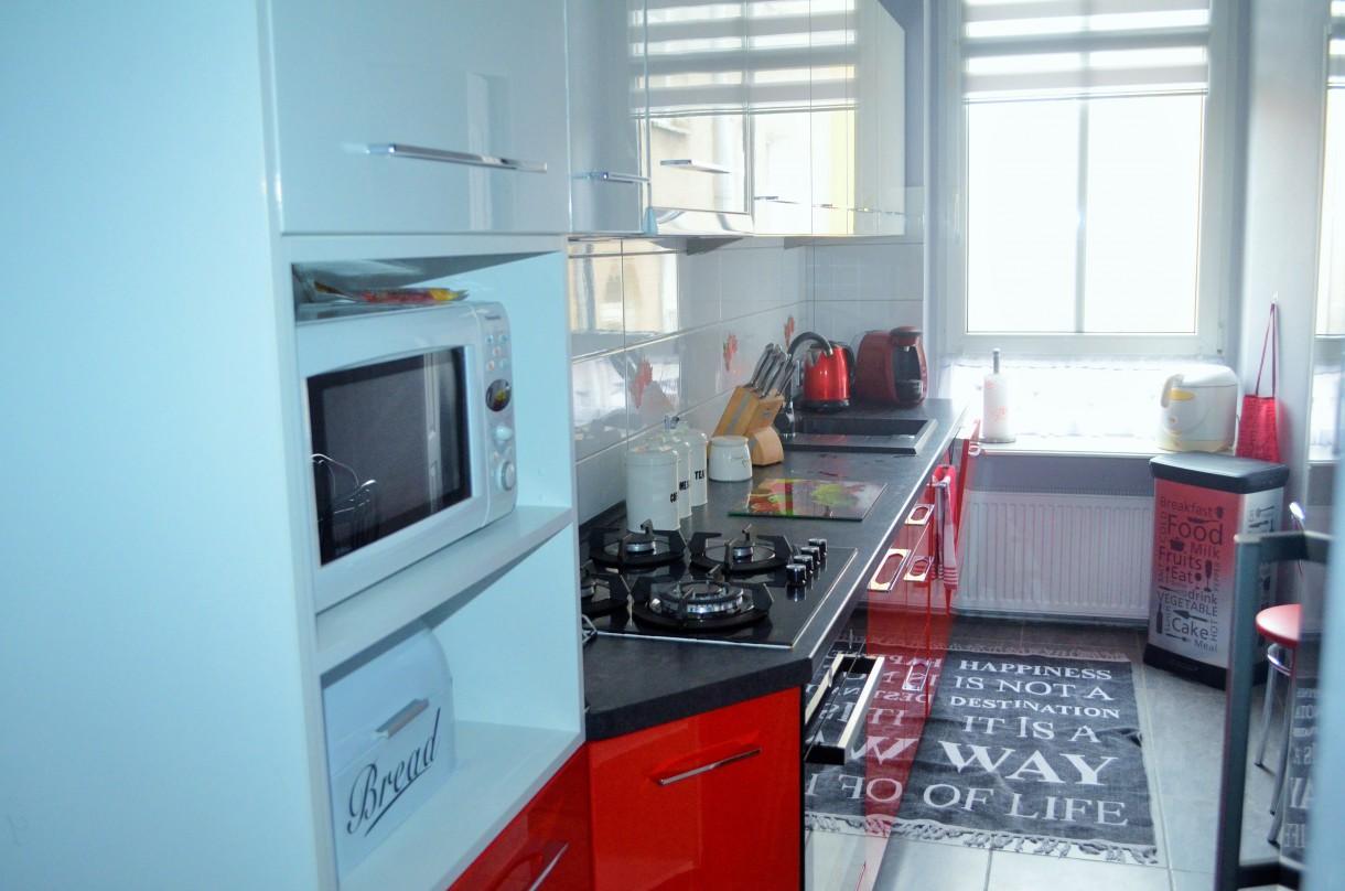 Zdjęcie 17 W Aranżacji Biało Czerwona Kuchnia Deccoriapl