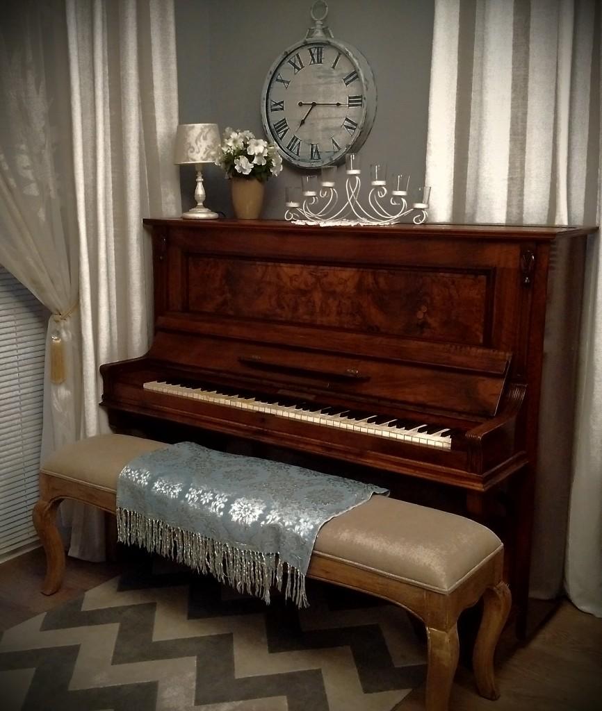 Pozostałe, Salon - Pianino to moje marzenie z dzieciństwa, które spełniła dopiero parę lat temu, ale S pelnilam...