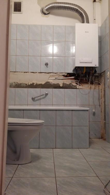 Mała łazienka 180x180 Remont Generalny Deccoriapl