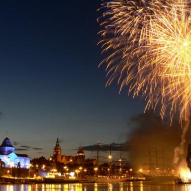 """W tym roku nazwali imprezę """"Sail Szczecin 2009"""", ale ja jakoś wolę stare, dobre Dni Morza. Zapraszam wszystkich  :-)))"""