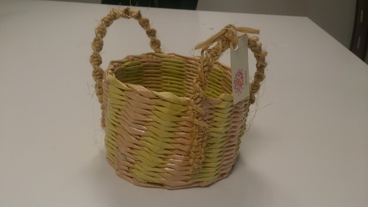 Pozostałe, koszyki, przechowywanie - wiosenny koszyczek, ekowiklina, sznur konopny- hand made