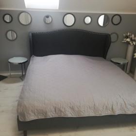 Sypialnia biało szara