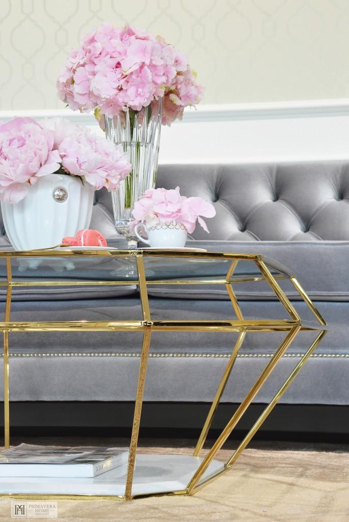 Stoły i stoliki w stylu glamour