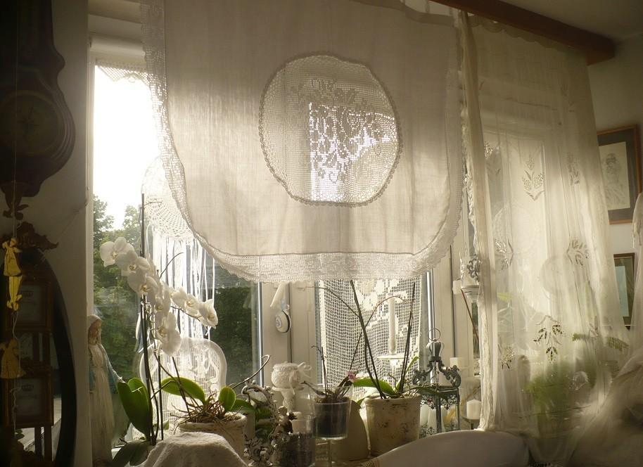 Balkon, Wrześniowe, wciąż  letnie fotki.................... - ............i słonko zagląda przez okienko.............