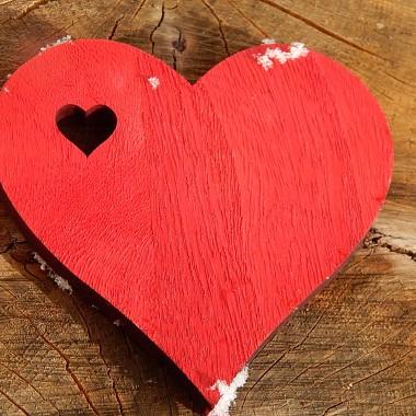 """""""Dobrze widzi się tylko sercem. Najważniejsze jest niewidoczne dla oczu""""                         """"Mały Książę """"Antoine de Saint- ExupéryZ okazji Walentynek dla wszystkich zakochanych piosenka Ed Sheeran i Andrea Bocelli """"Perfect Symphony"""" https://www.youtube.com/watch?v=eQzrh1g0WEY"""