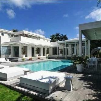 Dom Shakiry w Miami