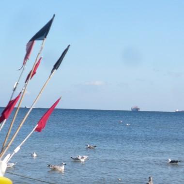 .................pozdrowienia  serdeczne dla Was znad morza ślę :)