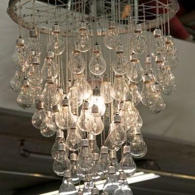Kilka całkiem ciekawych pomysłów na dekoracje z udziałem żarówek :)