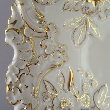 Piękna, oryginalna patera Miśnia, jest akurat na licytacji w naszym sklepie allegro. Zapraszamy!
