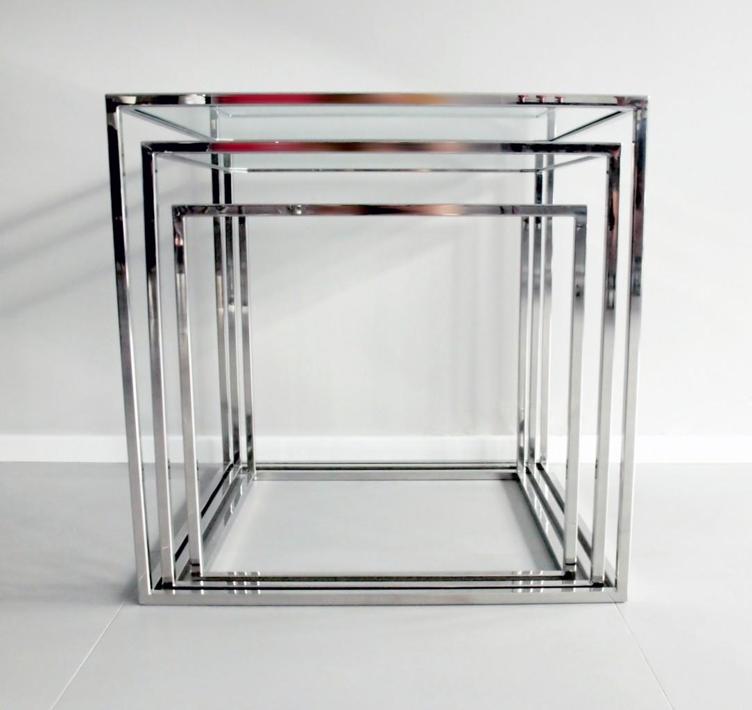 Pozostałe, Realizacje - Stoliki stal nierdzewna polerowana  z szklanym blatem.