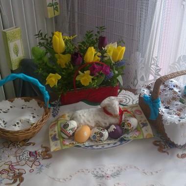 Wiosna , święta , kwiaty .....