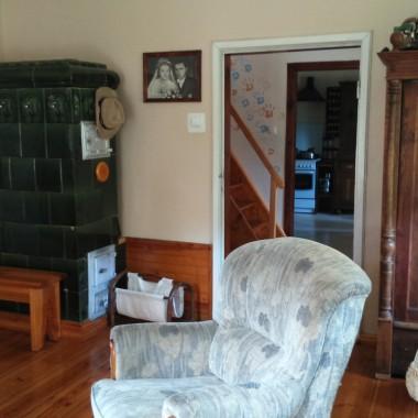 Mój dom ciągle się zmienia, remonty i przeróbki nie mają końca, jak to w starym domu bywa. Uwielbiam urządzać,zmieniać,nadawać drugie życie starociom,robić coś z niczego.Jaki jest tego efekt , oceńcie sami....
