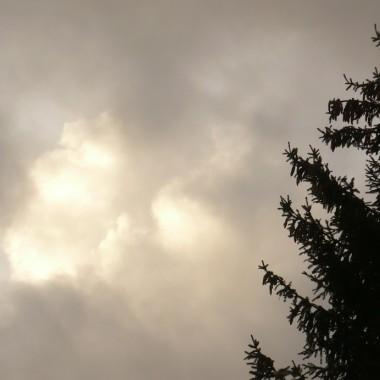 ................i jesienne chmury..............