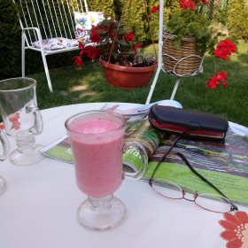 Lato....w zaciszu ogródka...