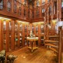 Domy sław, Michael Douglas i Catherine Zeta Jones kupili nowy dom - Ogromna – dwupiętrowa biblioteka robi wrażenie.  Fot. IMP FEATURES/East News