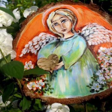 AnIoły na drewnie malowane