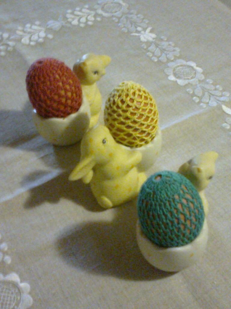 Jadalnia, Przymiarka z zajączkami - i ubranka na jajka dla zajączków