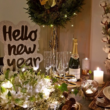 Kilka zdjec dekoracji swiatecznych i sylwestrowych ktore zrobilam w tym roku w naszym salonie :) Zapraszam!
