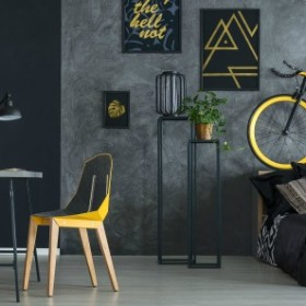 Ciemne ściany w mieszkaniach. Hit czy prosty sposób na zaciemnienie wnętrza?