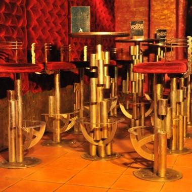 Hokery i stoliki do pubu w wersji max... :-)))