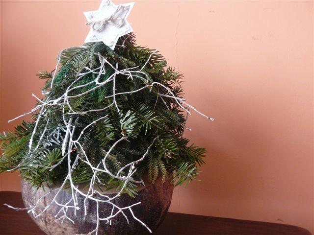 Pozostałe, Święta, Święta i po Świętach... - Szał choinkowy ta jest numer 2 a numer 3 pojechał do mamy :)