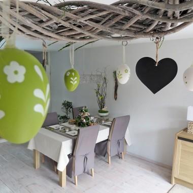 wiszacy wianek zostal,dobrze mi sie tu wpasowal :) zmienilam tylko tematycznie dekoracje &#x3B;)