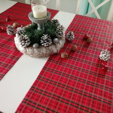 Przedstawiam możliwości nakrycia świątecznego stołu. Dzięki moim tekstyliom stanie się on ładniejszy, aby móc wprowadzić Was w świąteczną atmosferę.