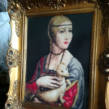 ............i moja dama z łasiczką ..............haftowana krzyżykami...............