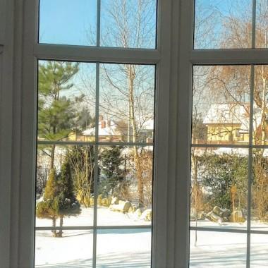 """""""Cztery pory roku"""" przez okna """"Wyjątkowego domu"""" i tak przez cały rok. Nuda! Nuda! Nuda?"""