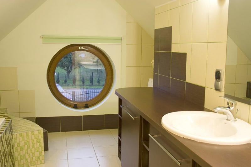 Zielono Brązowa łazienka Z Bambusowym Motywem Deccoriapl