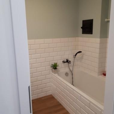 łazienka z lat 90tych po generalnym remoncie.