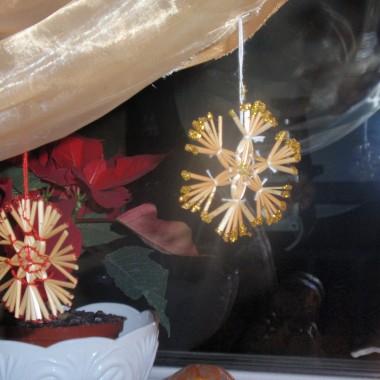 ciepło światecznych lampek