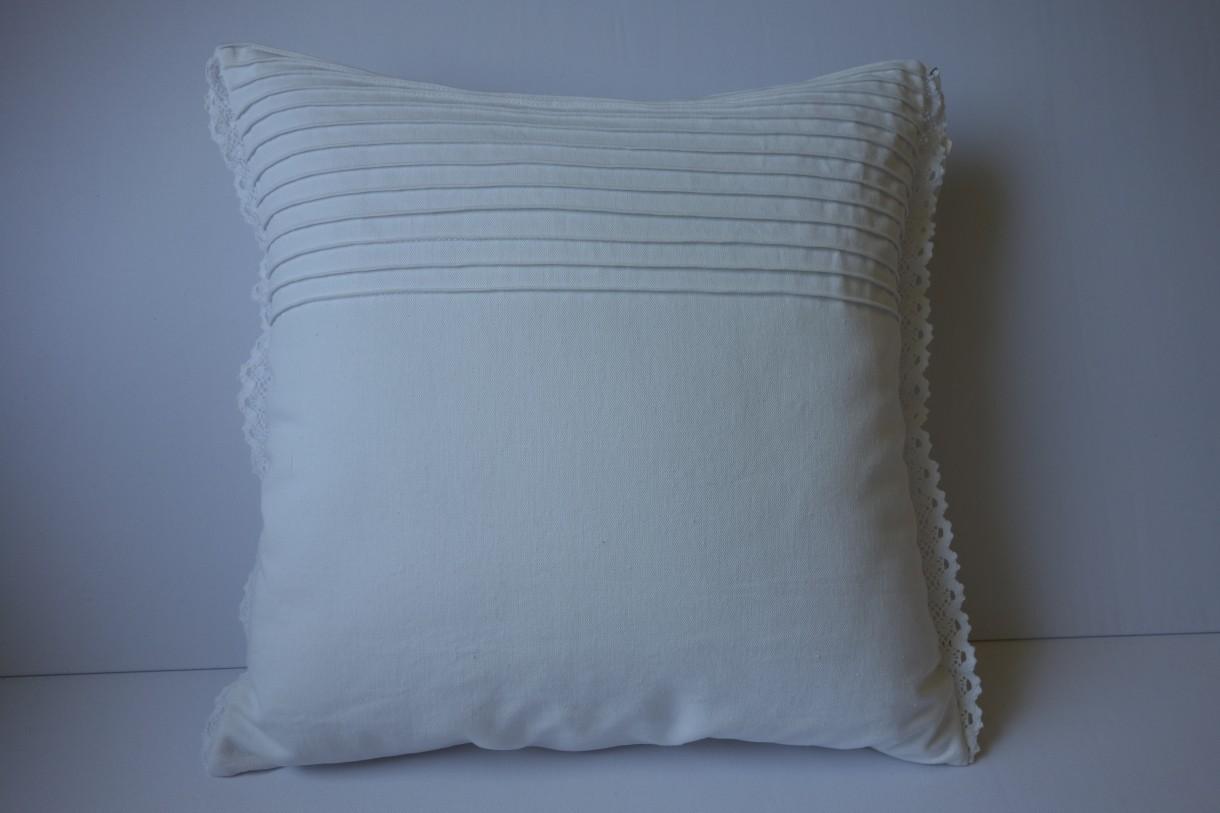 Zdjęcie 1114 W Aranżacji Białe Poduszki Dekoracyjne