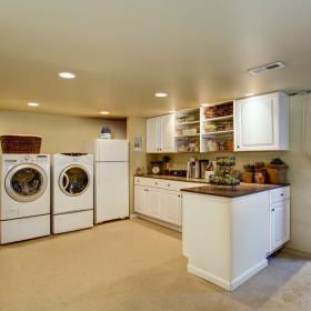 Jak zmniejszyć wilgotność powietrza w domu?