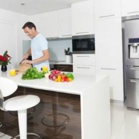 Sprytne sposoby na małą kuchnię